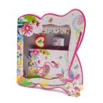 Kép 1/4 - Pillangó formájú díszdoboz iskolai kiegészítőkkel, élénk színes flamingós, trópusi dekorral
