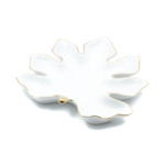 Kép 1/2 - Fehér porcelán levél formájú kínálótál szélein arany csíkkal