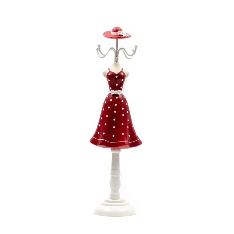 Fa akasztós ékszertartó piros fehér pöttyös női ruhában, kalappal