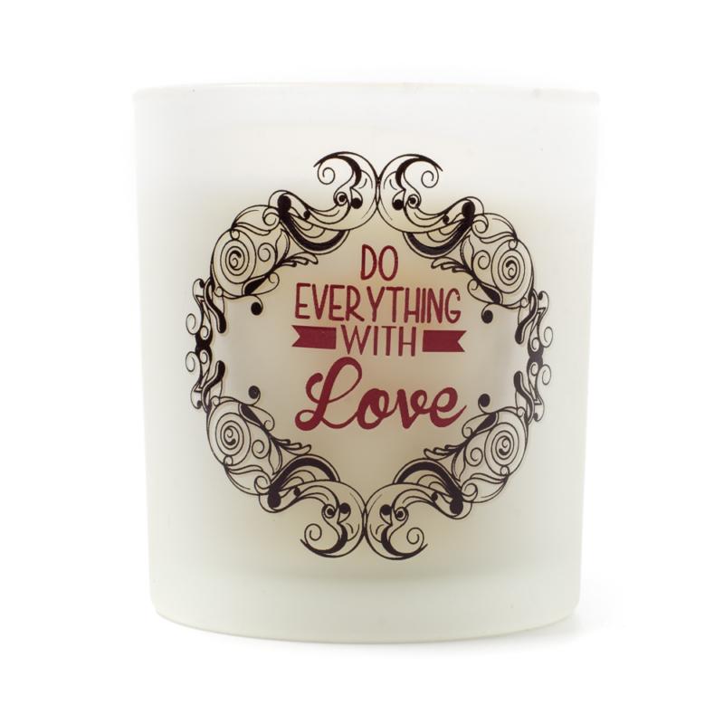 Parfümmel illatosított gyertya fehér füstös üvegben