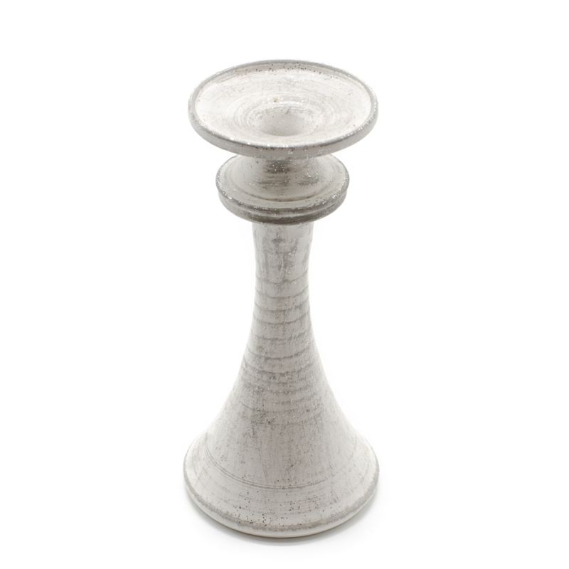 Ezüstös csillogású kézzel készített kerámia gyertyatartó vékony gyertyaszálnak