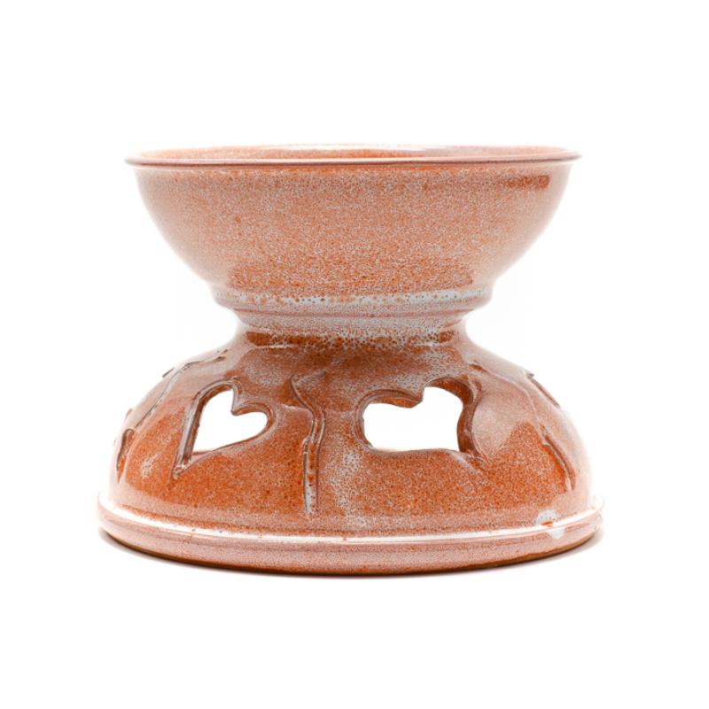 Szíves szélesebb kialakítású aromalámpa fehér-barnás színben, egy darabban