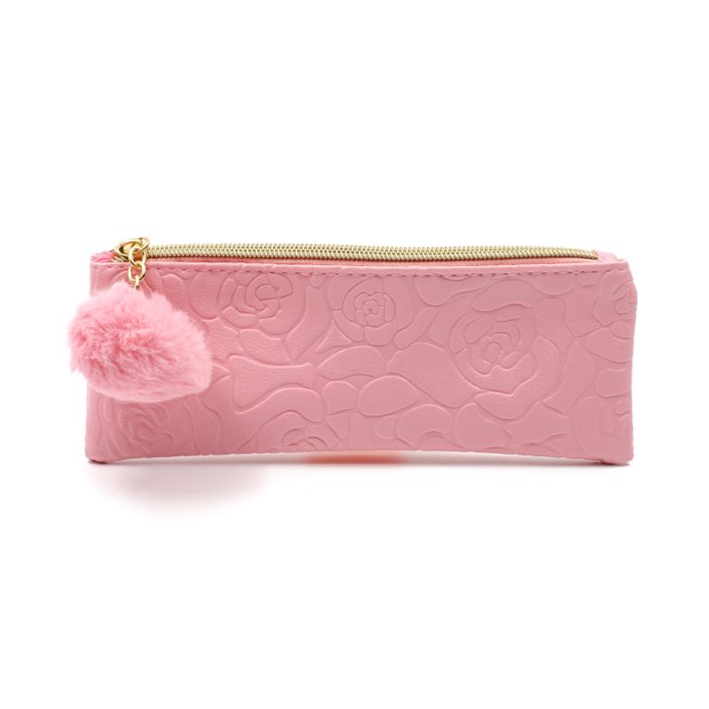 Nyomott rózsamintás kicsi rózsaszín neszesszer, arany cipzárral, rózsaszín bojttal