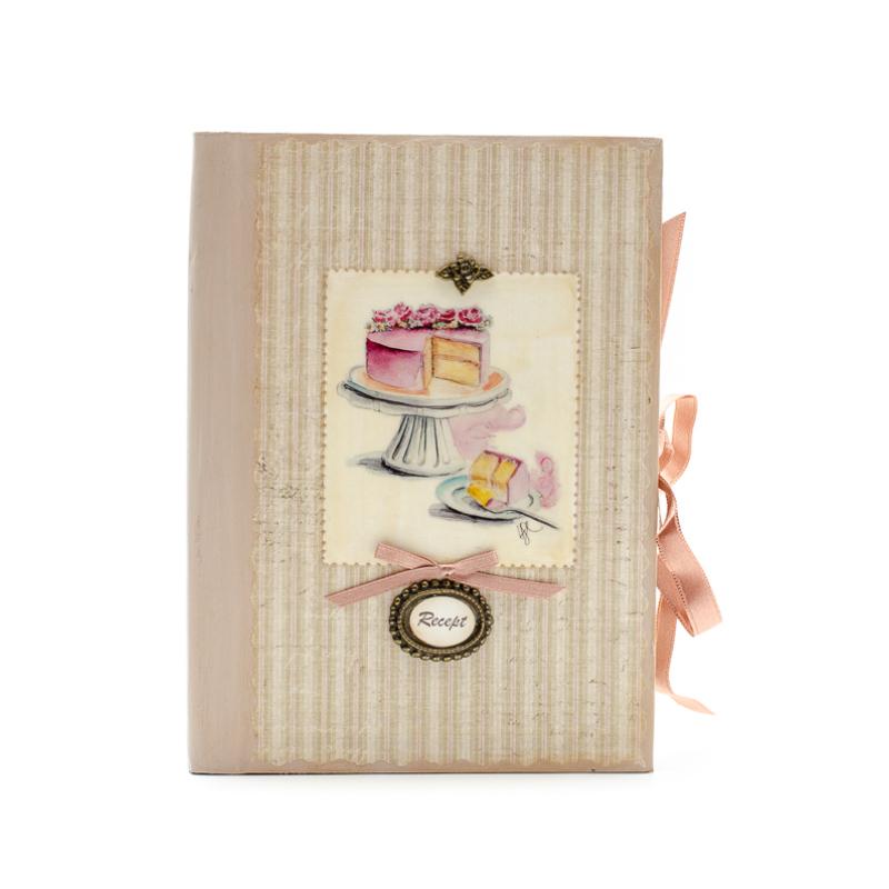 Bézs csíkos receptes füzet rózsás tortával tortatálon, Recept felirattal