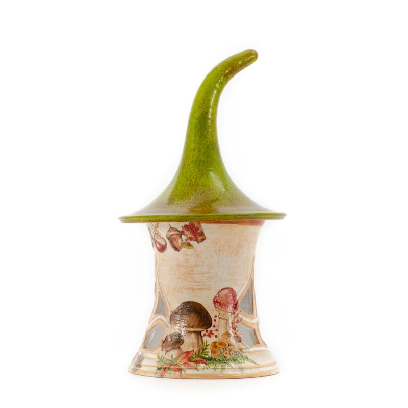 Zold hegyes sapkas manohaz mecsetarto oszi dekorokkal