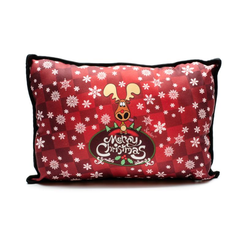 Piros alapon fehér csillagos karácsonyi párna vicces rénszarvassal