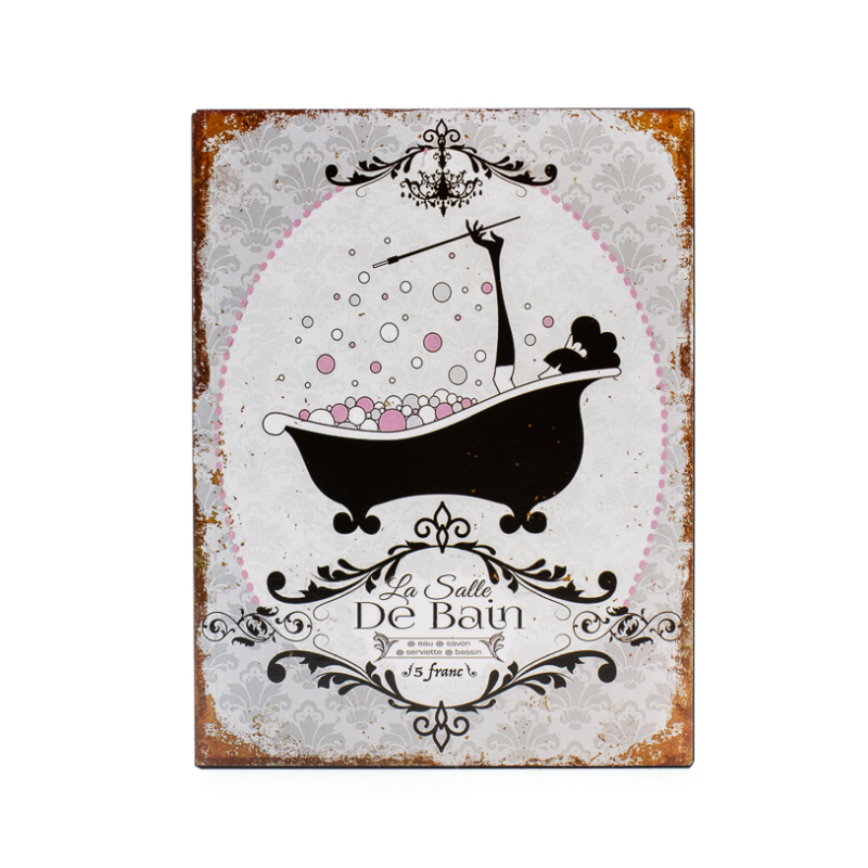Vékony fémlapból készült fürdőszobai fali tábla, klasszikus francia fürdőkádban fürdőző cigarettázó nővel