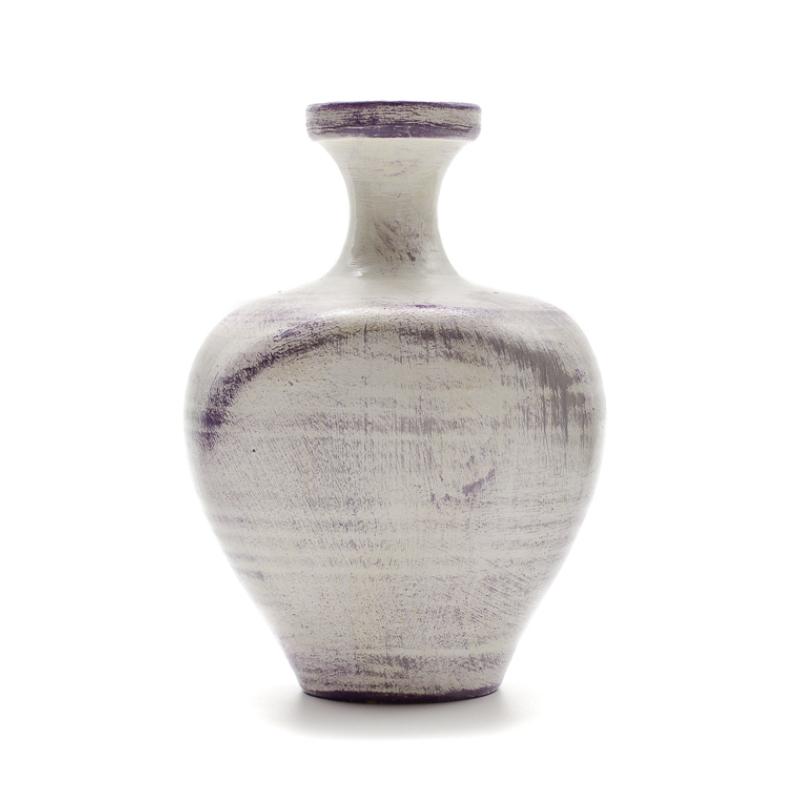 Közepes méretű levendulás váza